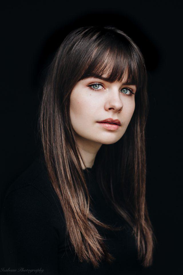 https://sarah-julia.nl/wordpress/wp-content/uploads/2019/05/Sarah-Nauta-foto-Isabeau-van-Vliet-a-640x962.jpg